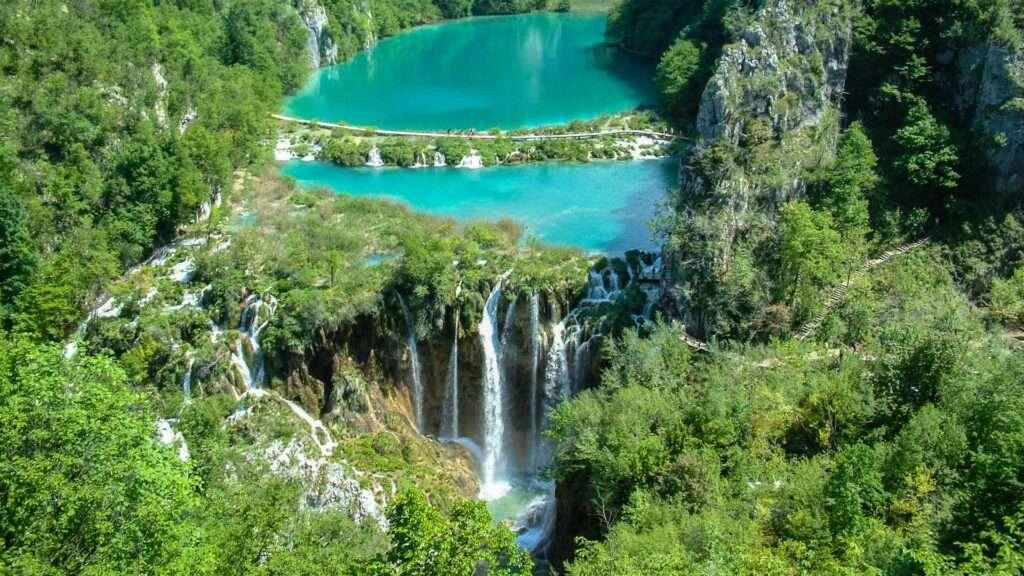 plitvice lake, croatia as a wedding destination